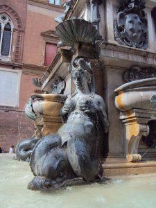 Nimfa_Neptun_fountain-Bologna