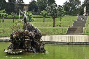 Neptun_Bobboli_garden