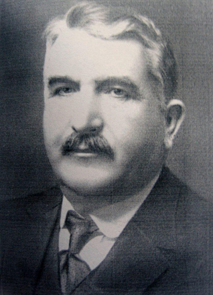 Пенчо Семов